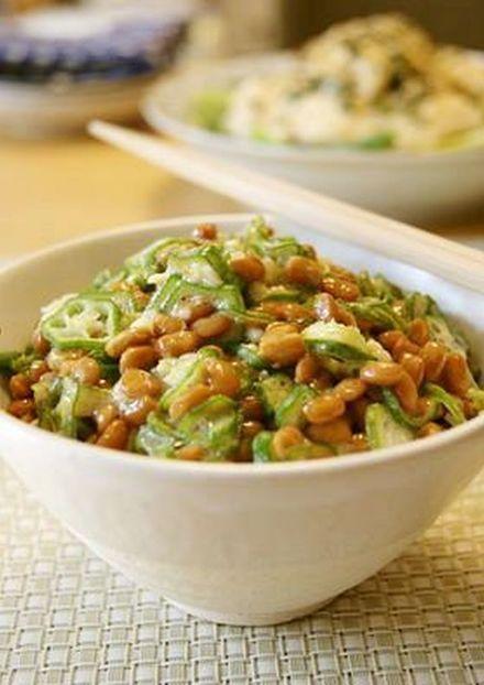 サクサク美味しい 生オクラ納豆丼