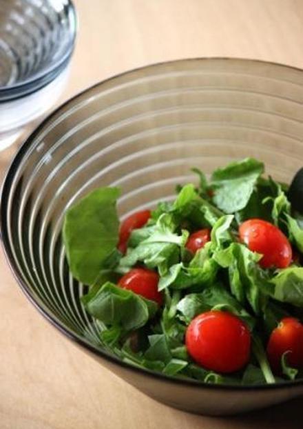 ルッコラとトマトのサラダ
