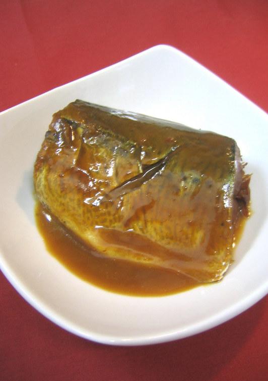 圧力鍋で 骨まで食べられる 鯖の味噌煮