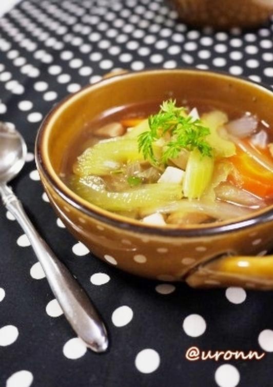 セロリ大好き 簡単セロリのチキンスープ