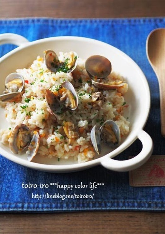 炊飯器で簡単 あさりの洋風炊き込みご飯