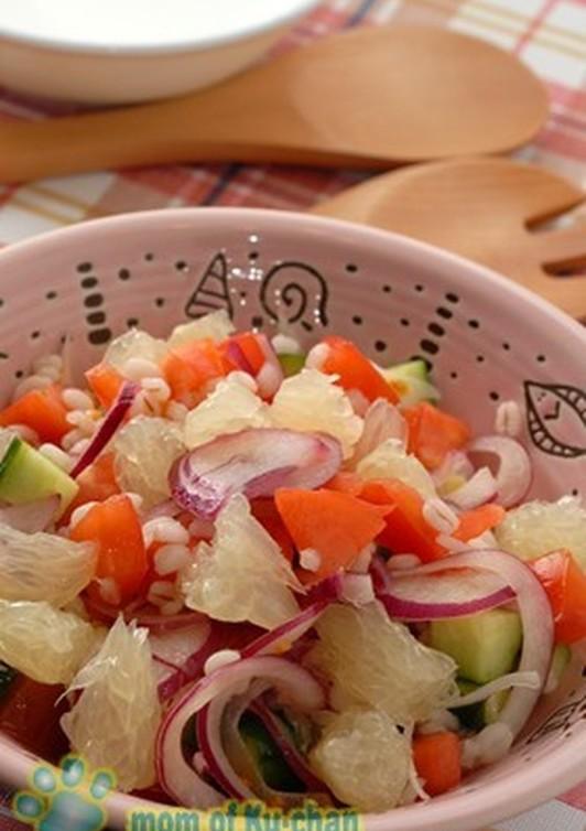 押麦と野菜のもちもちシャキシャキサラダ