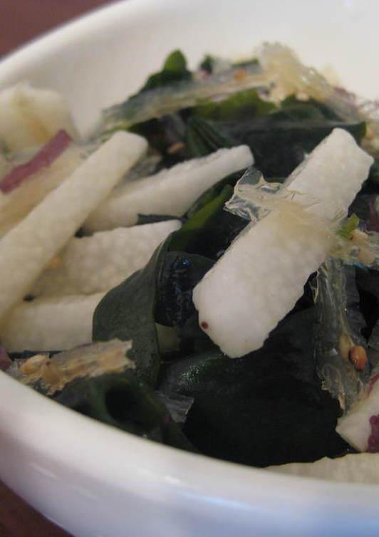海藻と山芋のさっぱりサラダ