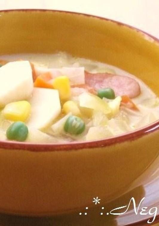 里芋とコーン 具だくさんの豆乳スープ