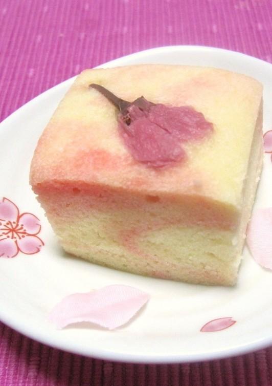 簡単 桜の浮島(和風蒸しケーキ)