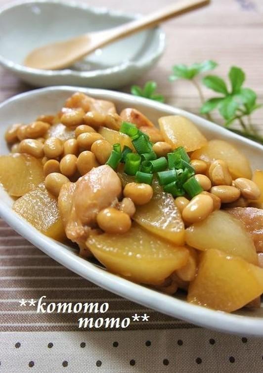 鶏肉と大根と大豆の炒め煮