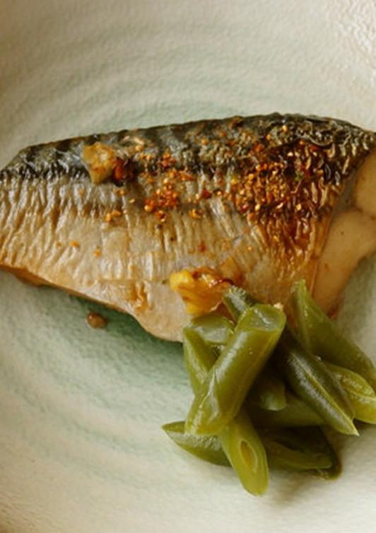 鯖のピリ辛七味焼き