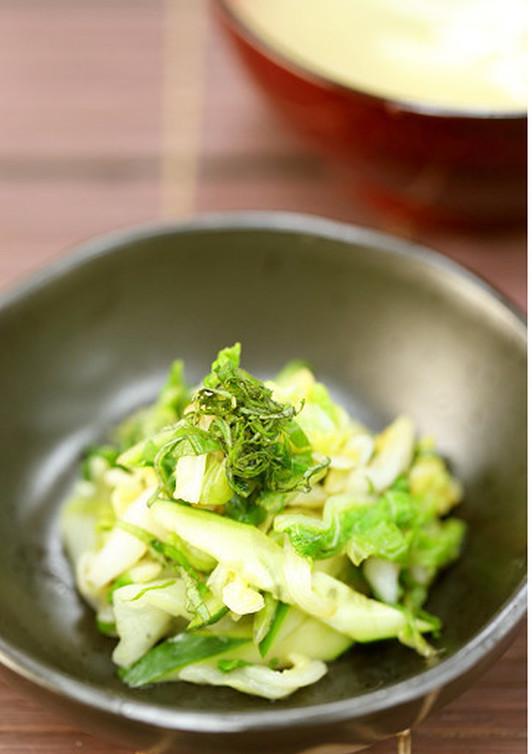 もう1品に 白菜と胡瓜生姜醤油和え