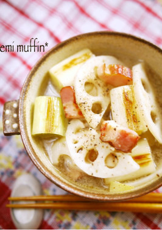 長ネギと蓮根のごちそうスープ