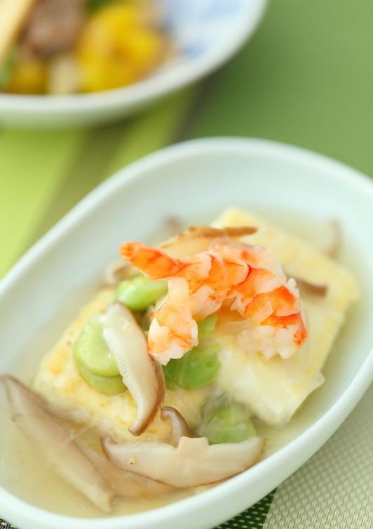 旬野菜そらまめと海老のあんかけ豆腐