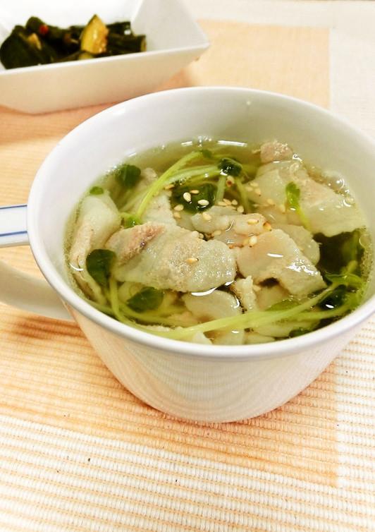 豆苗と豚肉のスープ