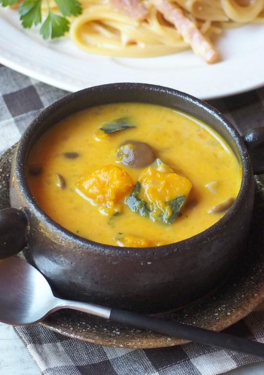 かぼちゃとキノコのクリームスープ