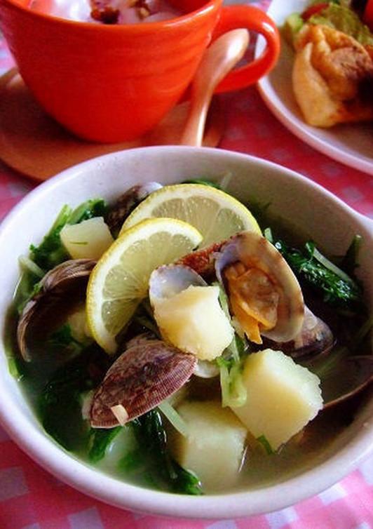アサリと水菜とジャガイモのスープ
