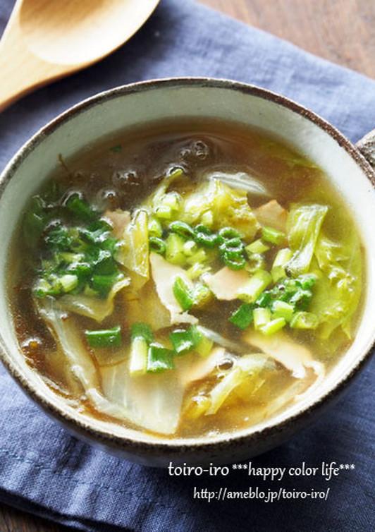 レタスともずくの和風コンソメスープ