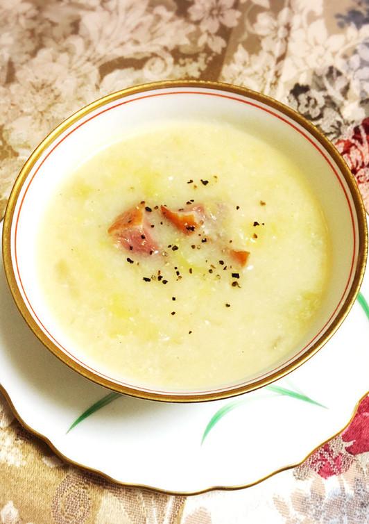 春キャベツと玉ねぎの酒粕スープ
