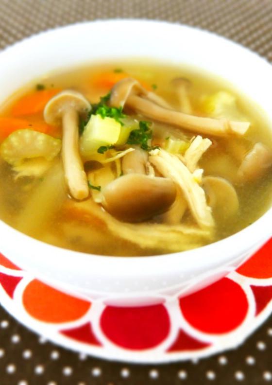 ノンオイル ささ身と野菜のコンソメスープ