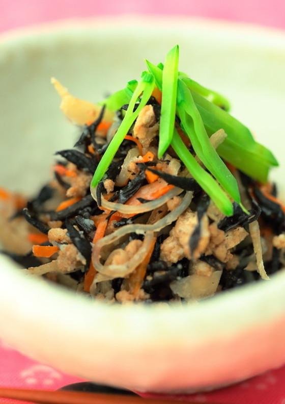 豚挽き肉入りひじきの甘味噌煮