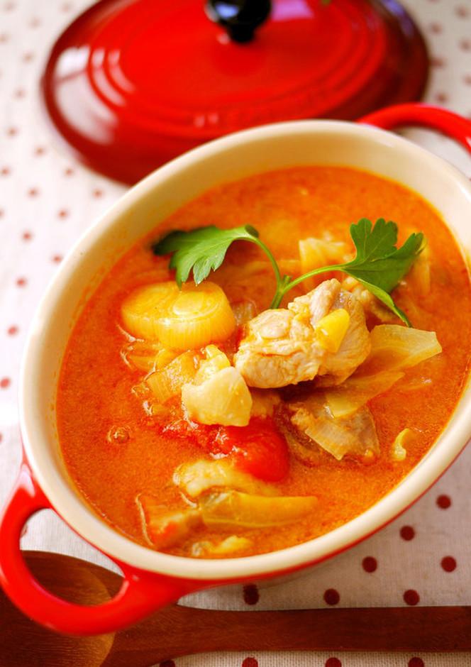 ご飯にあう チキンのトマトミルクスープ