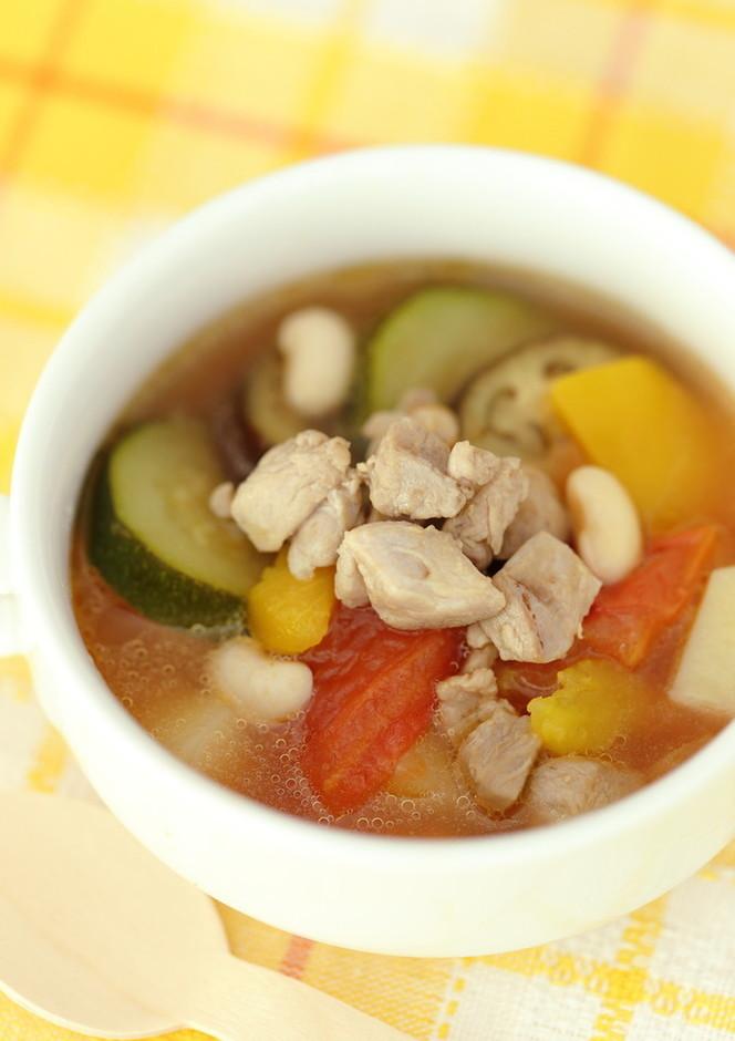 彩り鮮やか!大豆入りラタトゥイユ風スープ