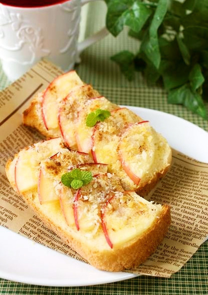 アップルパイ風りんごトースト