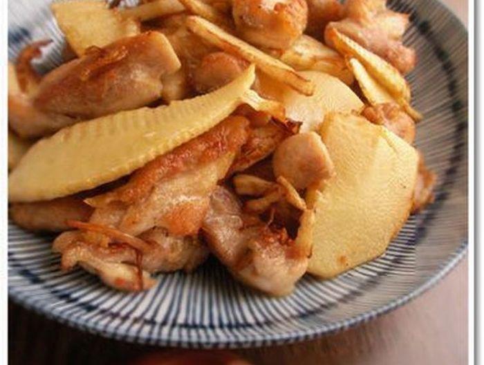 シンプルがおいしい たけのこと鶏もも肉の塩炒め