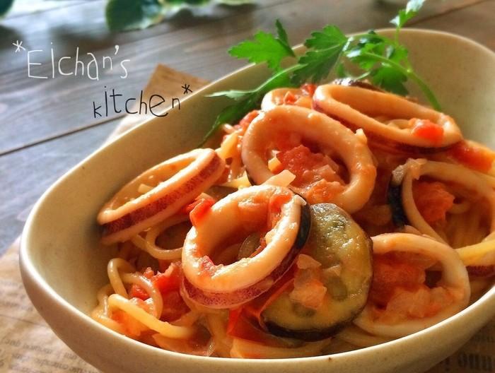 イカと茄子のトマトクリームパスタ