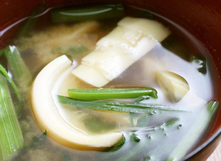 春を食す 筍とセリのみそ汁