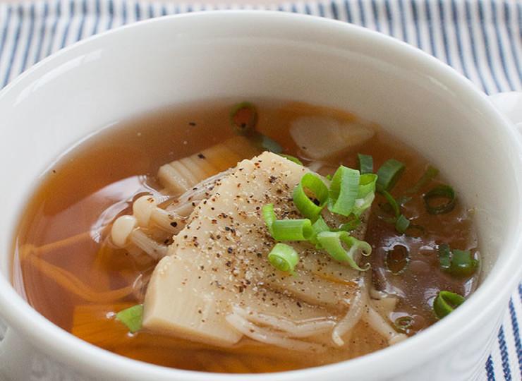 酸辣湯風 筍とえのきの中華スープ