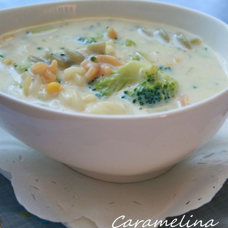 マカロニブロッコリーコーンスープ