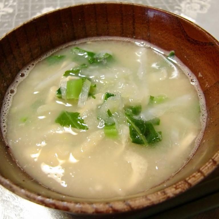 大根と大根の葉のおろし味噌汁