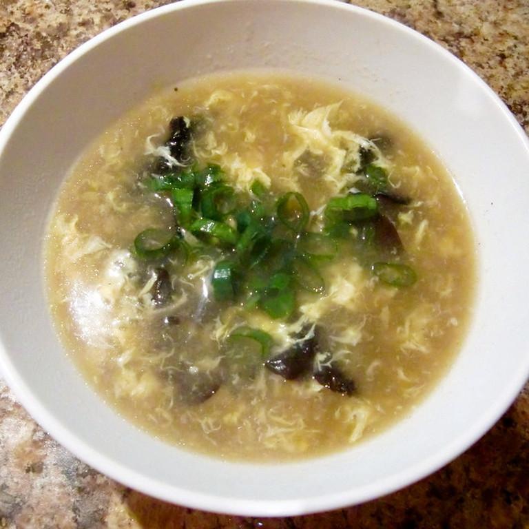 キクラゲと卵のとーり中華スープ