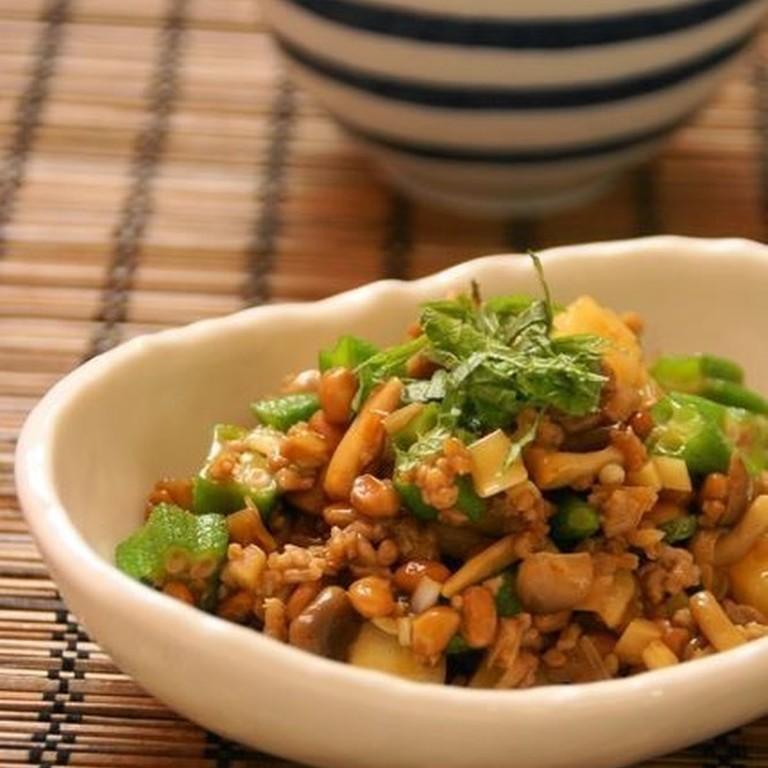 納豆と挽肉 ネバネバ野菜の中華風炒め