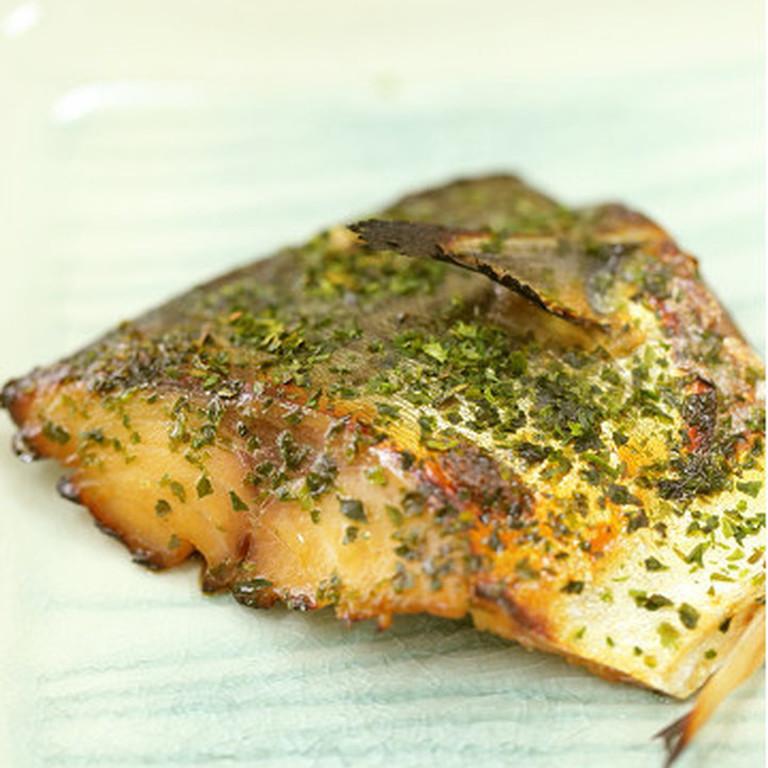 青海苔で磯の香り 鯖醤油漬焼き