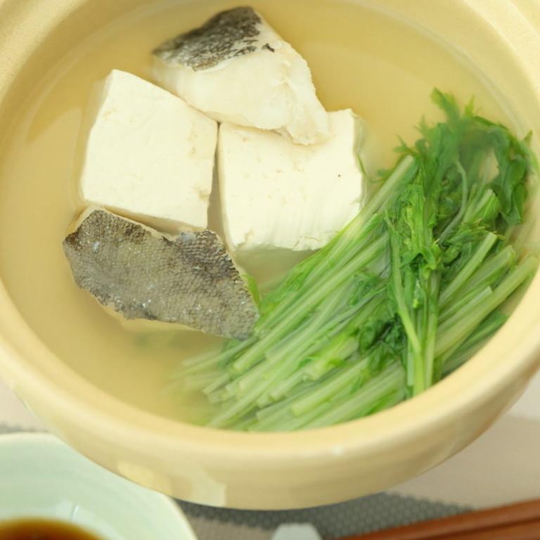鱈入りダシの効いた湯豆腐