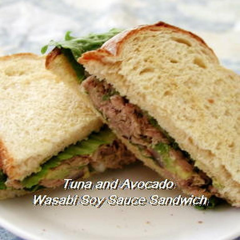 ツナとアボカドのわさび醤油サンドイッチ