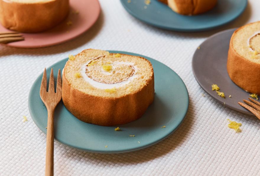 ヨーグルトロールケーキ